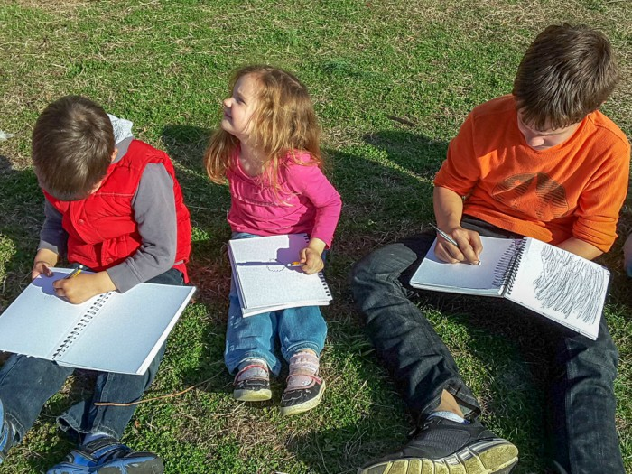 Nature Study with Multiple Ages - Yes, You Can! #naturestudy