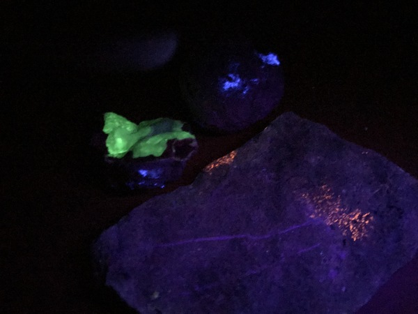 The ultraviolet lamp is a fun tool in your quest to identify rocks and minerals.