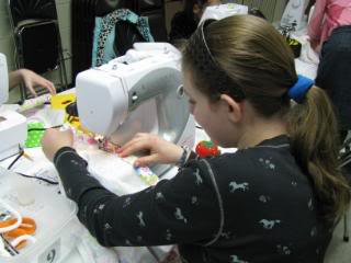 4-H Sewing Class and County Fair News
